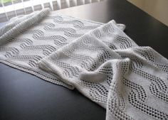 Love the versatility of rectangle shaped shawls. Wear it with a dress. Bring it for a plane flight. Or wear it like a scarf underneath a coat during winter. Leher, a free pattern by Sandhya S.