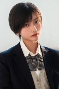 Cute Asian Girls, Cute Girls, Mode Kawaii, Asian Short Hair, Shot Hair Styles, Beautiful Japanese Girl, Poses References, Hair Reference, Grunge Hair