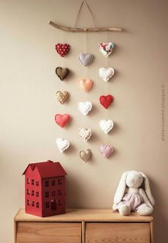 Spread the love – Adorable DIY Baby Mobile Ideas – Photos - Home Decor Felt Crafts, Fabric Crafts, Diy And Crafts, Valentines Day Decorations, Valentine Day Crafts, Valentine Banner, Baby Decor, Nursery Decor, Kids Decor