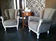 #fotelovepl#prl #details #decor #chair #diy #meble #fotel #armchair #decoration #luxury #fotelovepl #fotel #furniture #design #style #vintagestyle #szaraturbulencja #greyattack Wysokość 100 cm,szerokość 79,głębokość siedziska 61 cm.