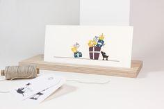 Postkarte mit Leopold und vielen Geschenken! In unserem DaWanda-Shop sind diese und viele weitere #Stempel erhältlich.