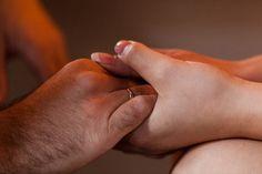 mani,prendi queste mie mani, fanne vita fanne amore<3