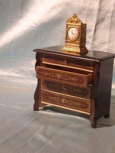 Traumschöne Buolle Kommode mit Uhr (vermut. Erhard&Söhne)   eBay