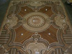 Wood Flooring Laser Inlays - Berti #parquet #parquetlovers
