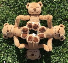Meddy Teddy is a meditating, yoga and mindfulness teddy bear. Learn and teach by bending Meddy Teddy into different yoga and meditation poses. Bff Poses, Yoga Poses, Tedy Bear, Teddy Bear Cartoon, Bear Wallpaper, Fun Fair, Love Bear, Cute Cartoon Wallpapers, Tatty Teddy