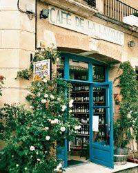 Five Small-Town French Cafés - Articles Café Restaurant, Restaurant Photos, Cafe Door, French Days, Blue Cafe, Cozy Cafe, Small Cafe, Small Shops, Paris Cafe