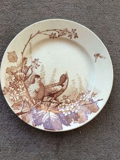 How to choose kitchen furniture ? Vintage Plates, Vintage Dishes, Vintage China, Brown Plates, Bordeaux, China Patterns, French Country Decorating, Vintage Pottery, Chinoiserie