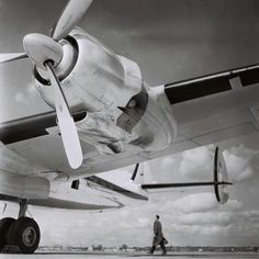 Lufthansa Lockheed Super Constellation Wright Radial engine