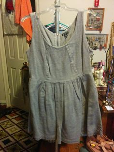 $15 Shipped. I Heart Ronson SIze 14. Some Pilling. Has Pockets.