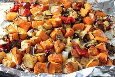 We love this flavour combination of roasted sweet potatoes, peppers, eggplant and apples. It's a healthy, colourful side dish for any protein. Sweet Potato Oven, Sweet Potato And Apple, Sweet Potato Recipes, Roasted Vegetable Recipes, Roasted Vegetables, Veggies, Benefits Of Potatoes, Grilled Sweet Potatoes, Potato Juice