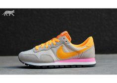 Nike wmns Air Pegasus 83 (Light Orewood Brown / Atomic Mango - Pink Glow)