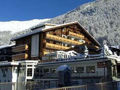 The Hotel LA COURONNE, Zermatt provides guests with a ski shuttle for easy access to the surrounding slopes.