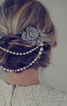 Jules-Bridal-Jewellery-double-pearl-bridal-hair-accessories-ELLE-wedding-blog