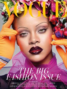 Rihanna 'shaves' her entire eyebrows for British Vogue. Rihanna has landed yet another Vogue cover. She rocked totally shaved eyebrows as she channeled a Geisha . See more fabulous photos below Rihanna Vogue, Rihanna Cover, Mode Rihanna, Rihanna Fenty, Rihanna Song, Rihanna Fashion, Vogue Covers, Vogue Magazine Covers, Vogue Uk