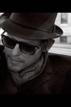 """Norman------ellos ojos, mas bellos si ven bien. Controlate cada año. Lee en nuestro blogspot """" Como descansar de la PC con la rejilla optica """""""