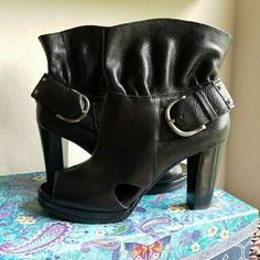 ♠Gianni Bini♠ Leather Peep Toe Ankle Boot **MEMORIAL WEEKEND BLOWOUT** Gorgeous genuine leather peep toe Vintage Gianni Bini Boots.  Amazing quality. 4 inch heel. Gianni Bini Shoes Heeled Boots
