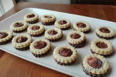 Christmas Candy, Christmas Treats, Christmas Baking, Sweet Pastries, Candy Recipes, Desert Recipes, Mini Cupcakes, Chocolate Recipes, Biscotti