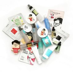 COSRX is the perfect Korean skincare brand for acne Best Beauty Tips, K Beauty, Beauty Skin, Homemade Skin Care, Diy Skin Care, Skin Care Tips, Acne Skin, Acne Prone Skin, Korean Beauty Brands