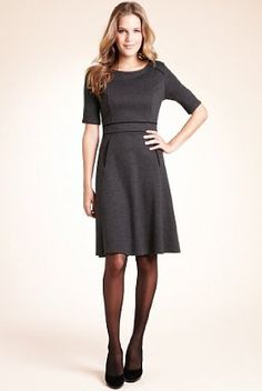 Dresses with sleeves - how sensible