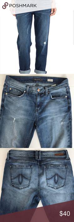 """Anthropologie Level 99 Sienna Tomboy Jeans Size 28 Tomboy jeans. Distressing. 27.5"""" inseam. Anthropologie Jeans Boyfriend"""