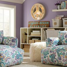 zimmer on pinterest teenage room deko and princesses. Black Bedroom Furniture Sets. Home Design Ideas