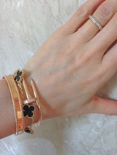 Layering and Stacking (VCA Perlee, VCA Alhambra, Cartier Just Un Clou)