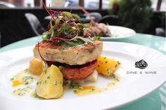Lo esperamos para disfrutar de una verdadera experiencia gastronomica #DDW daniel.com.co/menus | Reservas: 2493404