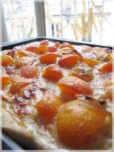 Les petites choses - Pizza aux abricots, chèvre et miel