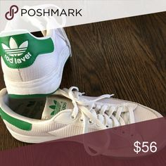 pretty nice 76fc4 da5fb Adidas Rod Laver Sneakers Adidas Rod Lavers with green accents. Men s 6.5, fits  like an 8 in women s. Like new- only been worn a few times.