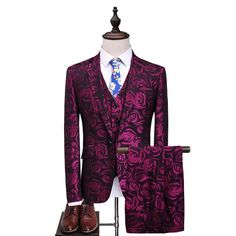 Purple Rose Three Piece Suit male 2017 Floral Slim Fit Casual Stage Wedding Suits for Men Plus Size Terno Masculino Tuxedo Mens Casual Suits, Dress Suits For Men, Mens Suits, Men Dress, Mens Fashion Wear, Suit Fashion, Gentleman Fashion, Fashion Hats, Fashion Edgy