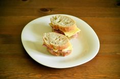 Breastfeeding/Post-Partum Snacks (No Heat Required) - LoveLiliya Healthy Breakfast Recipes, Healthy Foods To Eat, Healthy Fats, Healthy Snacks, Snack Recipes, Healthy Recipes, Breastfeeding Snacks, The Last Meal, Swedish Recipes