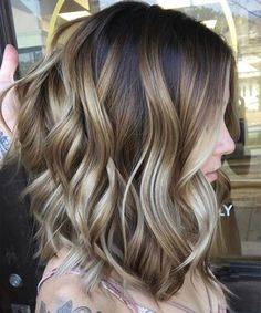 New Gorgeous Balayage Highlights on Medium Layered Hairstyles for Women To Try This Year