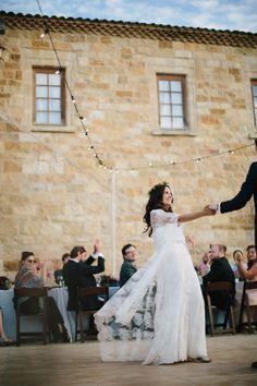 Confira, no CasarCasar, as melhores seleções de músicas para casamento para a primeira dança dos noivos!