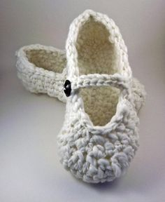 Mary Jane Slippers - crochet - for women. #slippers #crochet