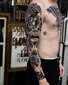 50 More vintage tattoo ideas men ~ ~ vintage tattoo ideen männer Traditional Tattoo Arm, Traditional Heart Tattoos, Traditional Tattoo Old School, Traditional Sleeve, Tattoos 3d, Trendy Tattoos, Black Tattoos, Body Art Tattoos, Arm Tattoos For Men
