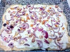 Langalló (házi kenyérlángos) | Szilvia Mária Kilecz receptje - Cookpad receptek Pudding, Recipes, Food, Pizza, Custard Pudding, Recipies, Essen, Puddings, Meals