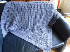 Tegenwoordig heb ik de smaak van wat grotere projecten te pakken. Eerst de CAL deken. Hier zie je mijn deken tot week 8. Het waren eenvoudig...