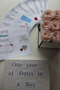 One year of Dates in a Box — unbelievable good Presents For Boyfriend, Boyfriend Gifts, Diy Birthday, Birthday Gifts, Year Of Dates, Relationship Gifts, Diy Presents, Diy Box, First Year