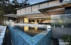 The architect studio SAOTA has designed luxury mansion Head Road 1843 in Cape Town, South Africa. The owner wanted the luxury finishes and modern Cape Town South Africa, My Pool, Pool Designs, My Dream Home, Exterior Design, Future House, Luxury Homes, Beautiful Homes, Simply Beautiful