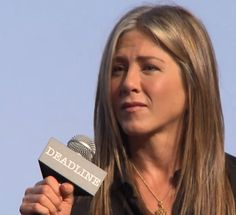 Jennifer Aniston Cake, Jenifer Aniston, Movies To Watch, Good Movies, Oscar Contenders, Film Up, About Time Movie, Film Director, Latest Movies