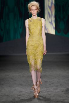 Chartreuse chantilly hand-pieced lace sheath dress with gold embroidered lace back bodice | Photography: Dan Lecca