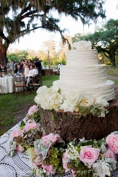 Buttercream Cake, Southern Wedding, Photography by Leslie Clements