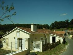 2 Bedroom House For Sale in Charente, FRANCE - Property Ref: 701085