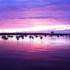 Regram @issyray - #sunrise over #Falmouth #falmouthharbour #nofilter #Cornwall #purpleskies #boats