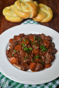 Veal Stew, Romanian Food, Slow Cooker, Foodies, Main Dishes, Food And Drink, Meat, Cooking, Ethnic Recipes