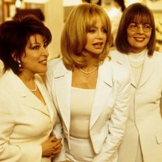 After starring in The First Wives Club about 20 years ago, Goldie Hawn, Bette Midler and Diane Keaton are reuniting for Divanation, a feature at Netflix. Bette Midler, Diane Keaton, Jennifer Aniston, Jennifer Lopez, Thelma Louise, New Movies, Movies To Watch, Good Movies, Greatest Movies