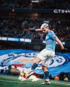 Football Graphics / Designs 2019 - Daily uploads on Behance Soccer Stars, Football Soccer, Football Players, Manchester City Wallpaper, Sergio Aguero, Lionel Messi Wallpapers, Kun Aguero, Hd Cool Wallpapers, Barcelona
