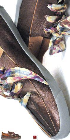 Lindo Bronzeado - Tênis feminino FUT com lenço de seda - Women Sneakers of the Brazilian brand CIAO MAO - www.ciaomao.com