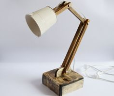 Office lamp Wooden desk lamp Handcrafted gift Reading lamp Bürolampe White lamp