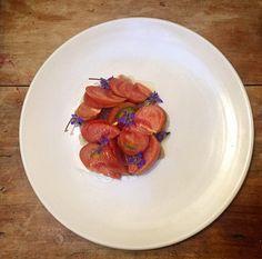 #bonito escabechado, #tomate y #flores de borraja.